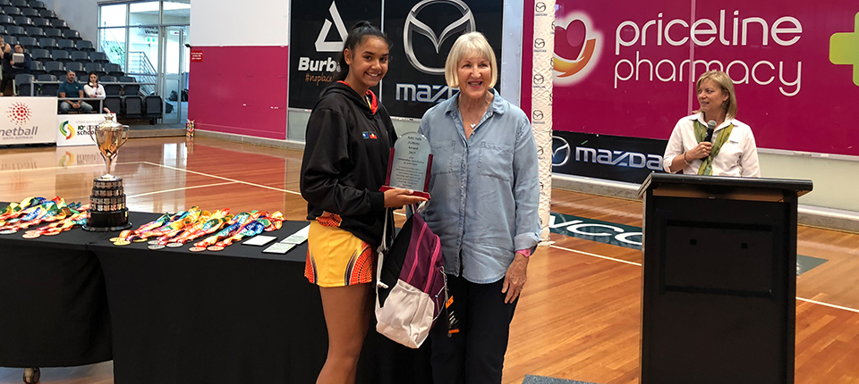 Amy Safe (Gillett) Award presented to Emma Flick-Booth from Budgies Indigenous Netball